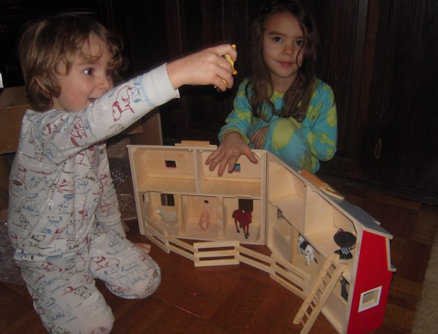 Toy Wooden Barn Save The Melissa And Doug Fold Go