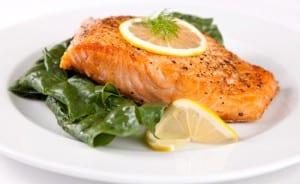 salmon-baby-spinach-300x184.jpg (300×184)