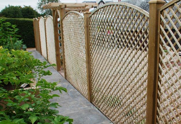 landscaping design trellis