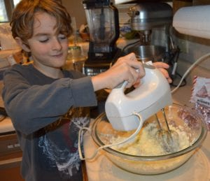 Important Tips On Kitchen Safety For Kids (Especially During The Holidays)