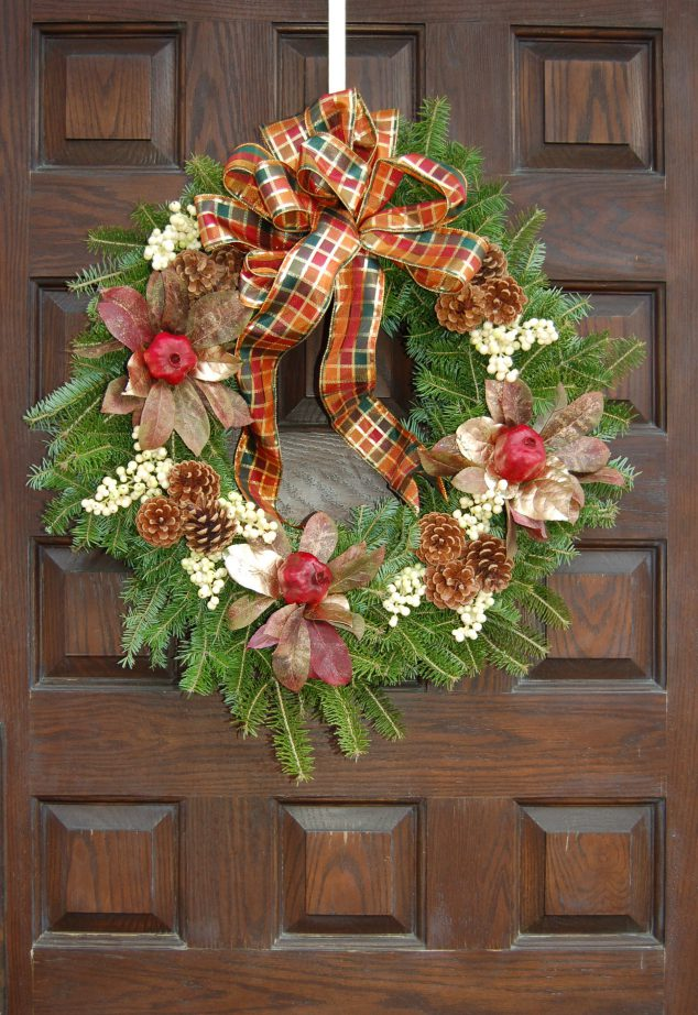 How To Make A Christmas Wreath A Holiday Craft Project