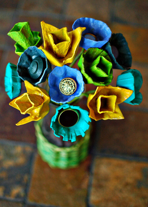 diy egg carton bouquet
