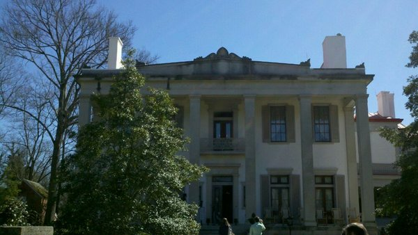 Things to see in Nashville- belle meade mansion / Family Focus Blog