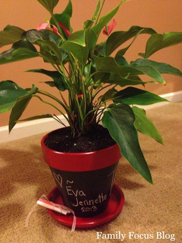 chalkboard flower pot- 6 diy teacher gifts