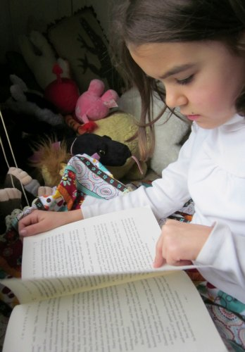 5 Educational Activities For Kids- read a book