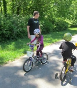 ride bikes- 10 fun ideas for outdoor fun