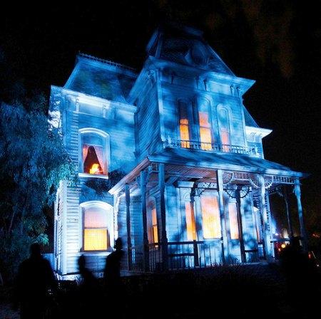 diy haunted house family focus blog. Black Bedroom Furniture Sets. Home Design Ideas
