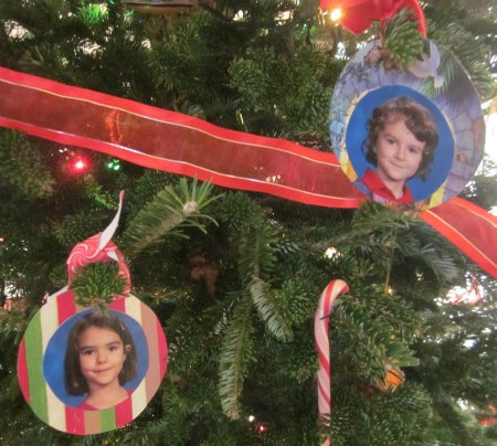 DIY photo ornaments- recycled craft