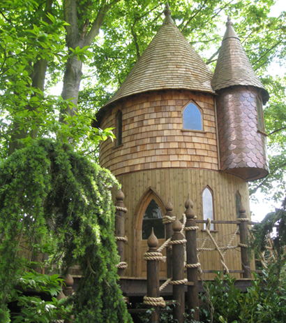 castle treehouse design idea