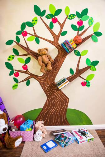 DIY Tree Bookshelf 337 x 504