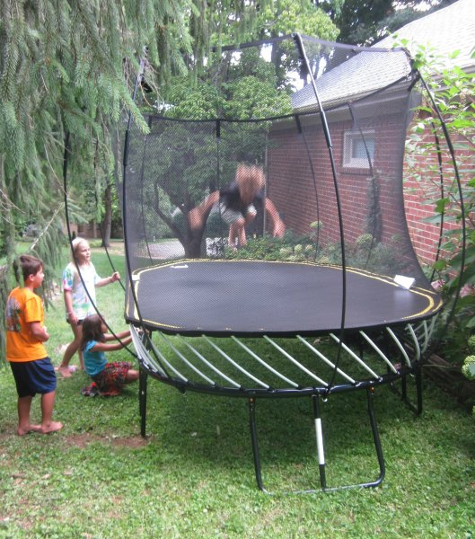 Springfree trampoline review family focus blog for Springfree trampoline