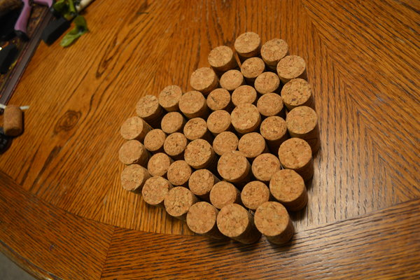 DIY Valentine's Day Decor- Wine Cork craft