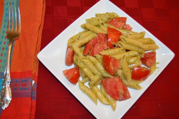 tomato and pesto pasta
