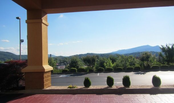 Comfort Suites Pigeon Forge Review