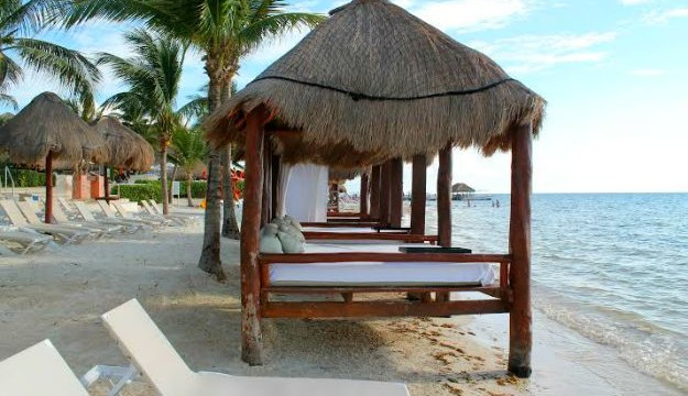 Azul Beach Hotel- The Perfect Family Vacation Destination In Mexico