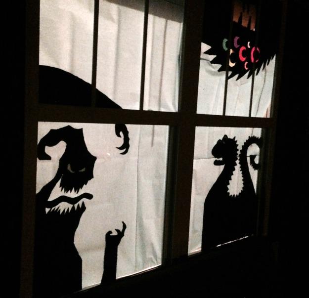 diy halloween decor window silhouettes family focus blog. Black Bedroom Furniture Sets. Home Design Ideas