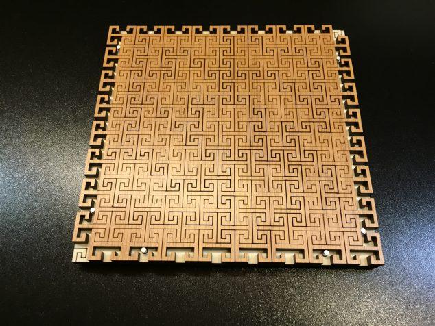 Constanin Puzzle Wood