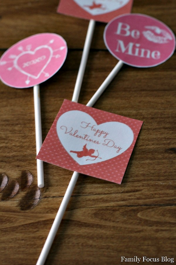 free printable valentines day cupcake toppers