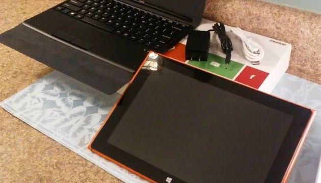 iRULU WalknBook Review: Laptop Tablet With Detachable Keyboard