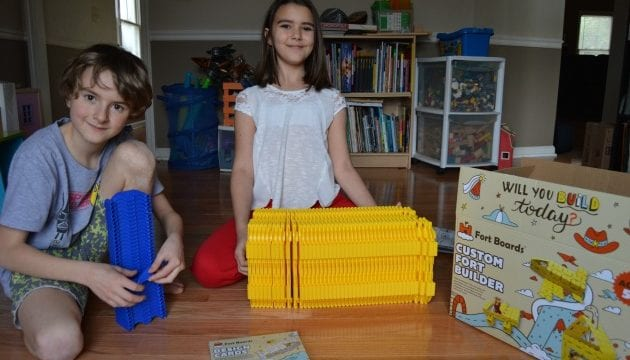 Building Sets For Kids: Fort Boards