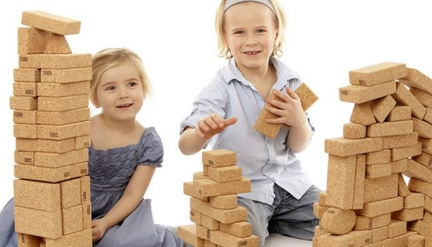 Building Blocks For Kids: Benefits And Building Sets