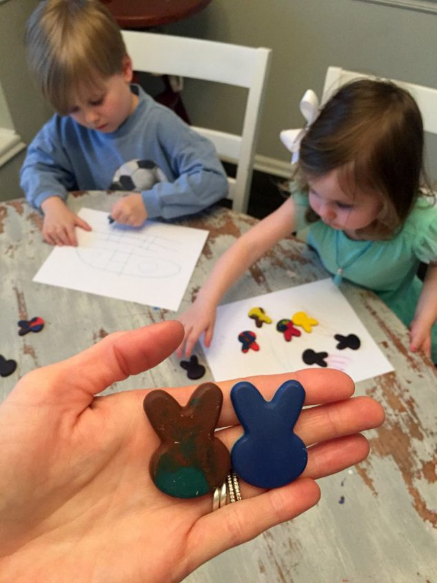 diy crayons in easter bunny shapes