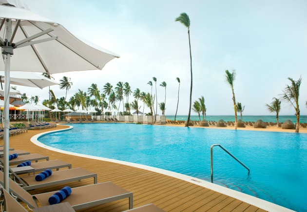Infinity Pool Nick Punta Cana