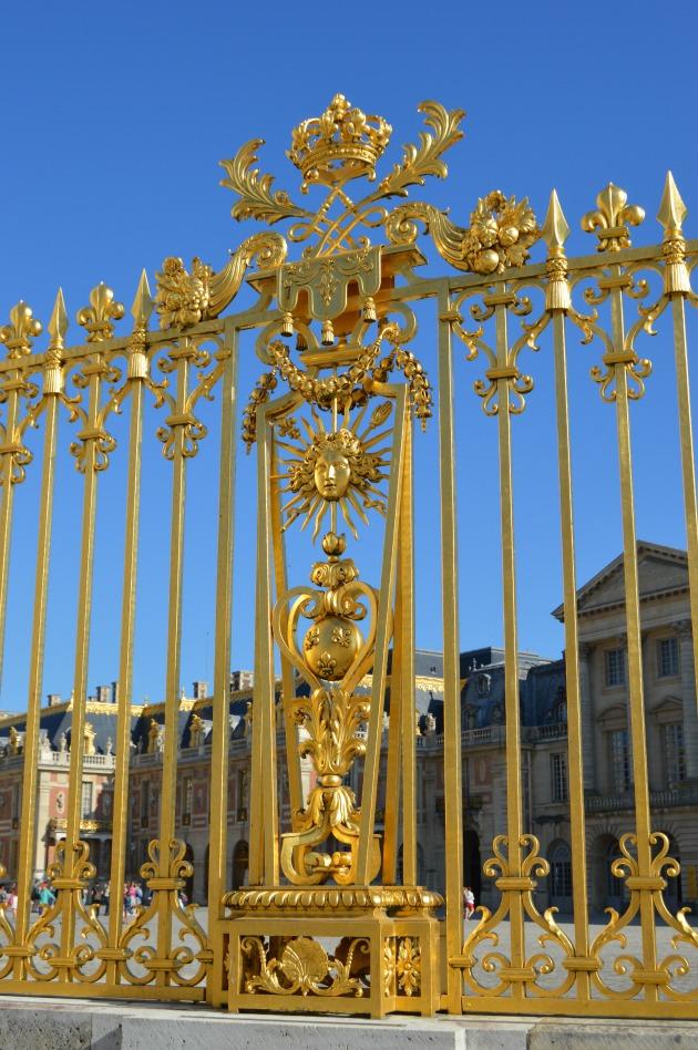 golden versailles