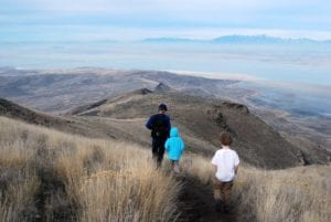 How To Make Family Hiking Trips Fun