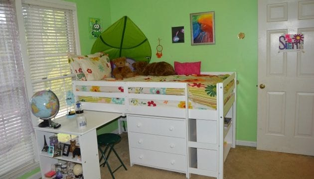 Bunk Bed With Desk- A Space Saver For My Daughter's Tiny Room