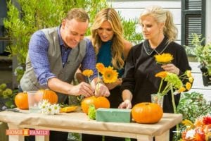 How To Make A Pumpkin Floral Centerpiece