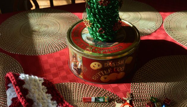 Christmas Tree Glass Bottle Craft Tutorial