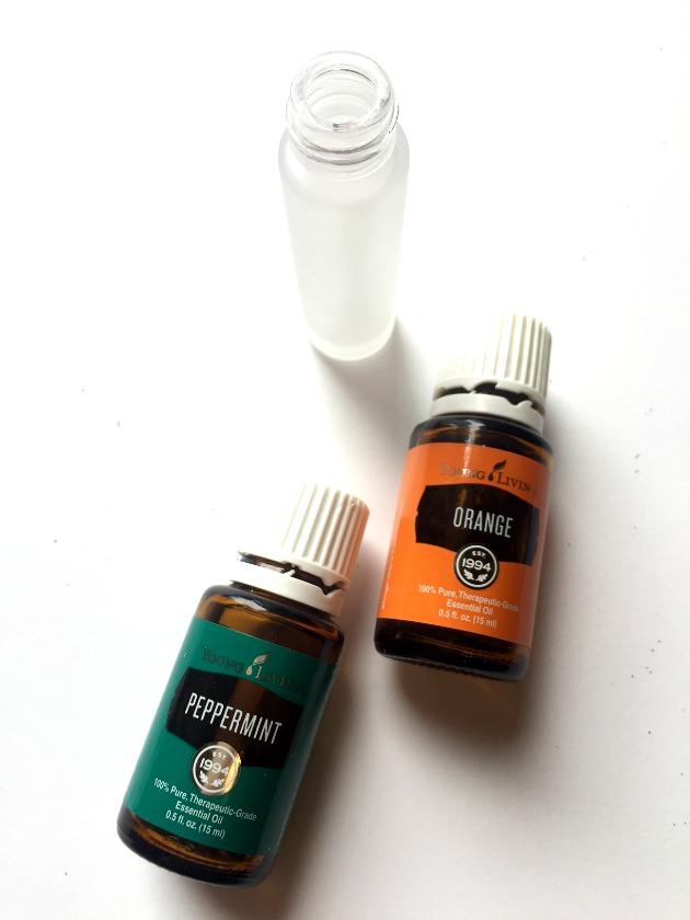 make homemade lip gloss