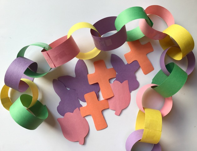 easy paper chain craft