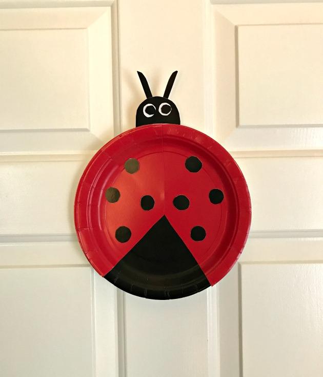 ladybug crafts for preschoolers easy paper plate ladybug craft for preschoolers family 615