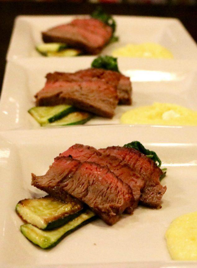 New York Strip Steak vom Grill Rezept mit Bild von