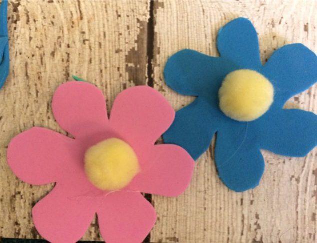 Make Spring Flower Garland With Craft Foam and Pom Poms