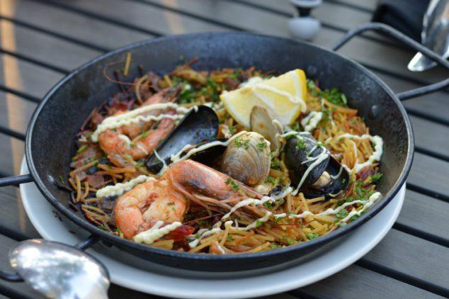 seafood fideos