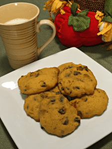Easy Soft Pumpkin Chocolate Chip Cookies