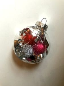 Cute And Easy Christmas Photo Ornaments Craft
