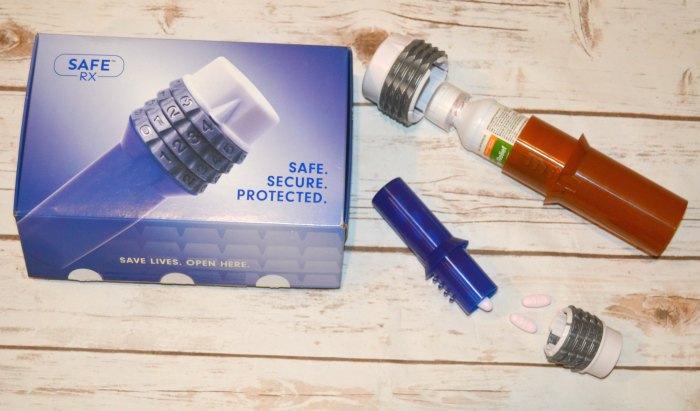 locking pill bottles
