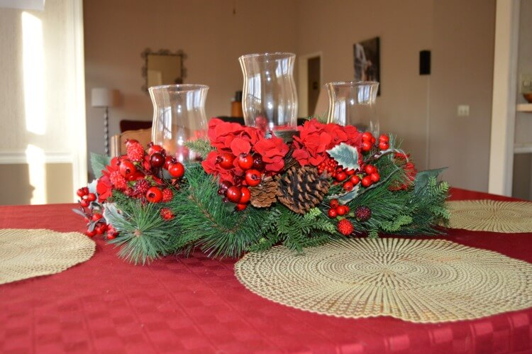 3 Easy Christmas Table Decorating Ideas